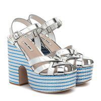 Miu Miu sandali in pelle metallizzata con plateau